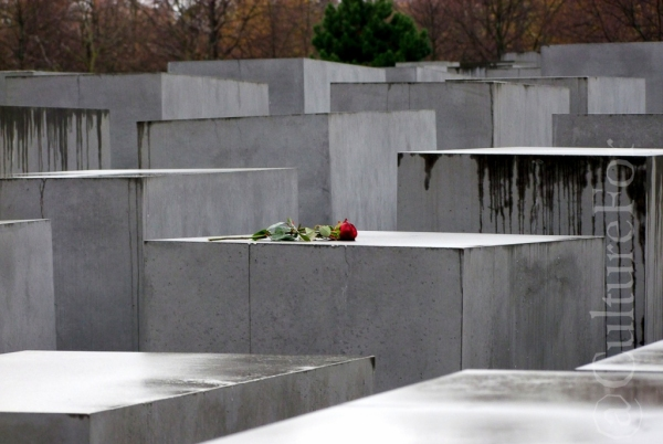 Memoriale dell'Olocausto @Berlino _ www.culturefor.com-3
