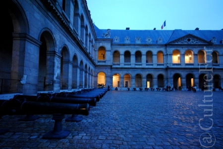 Les Invalides- la tomba di Napoleone @Parigi _ www.culturefor.com