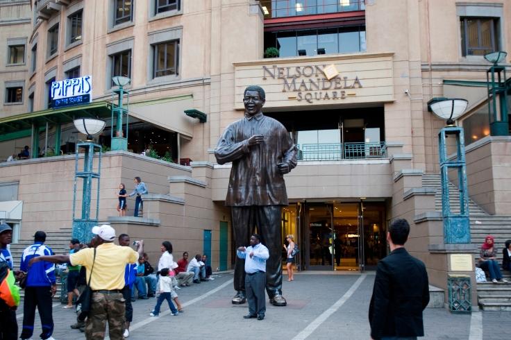 9. Nelson Mandela Square 041