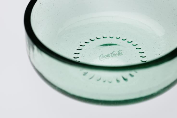 nendo (Japanese, founded Tokyo, 2002), Bottleware, 2012. Photo(s) © The Coca-Cola Company Diagram courtesy of nendo