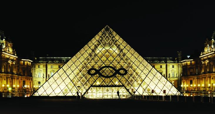 2 - Michelangelo Pistoletto, Anne 1 - Le Paradiso sue Terre, Louvre, Paris, 2013. Courtesy Archivio Cittadellarte ÔÇô Fondazione Pistoletto