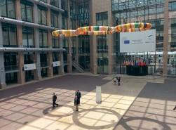2 - Michelangelo Pistoletto, Terzo Paradiso, Palazzo del Consiglio Europeo, Bruxelles, 2014. Courtesy Archivio Cittadellarte ÔÇô Fondazione Pistoletto