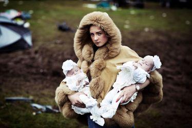 Debbie O ' Donoughe con i gemelli, 2014 - © Mattia Zoppellaro