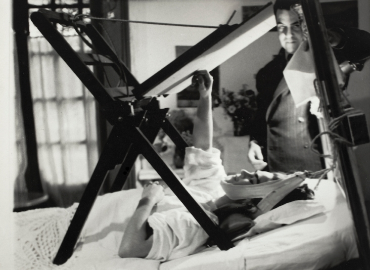 Frida Painting in Her Bed, Anonymous, 1940 (©Frida Kahlo Museum)